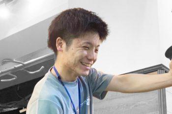 釜谷スタッフのストレッチ画像
